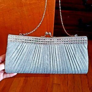 Handbags - SILVER GEM💃nwot EVENING SHOULDER BAG OR CLUTCH